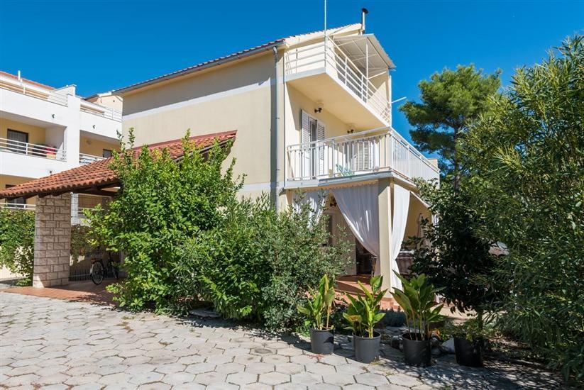 Huis Villa Jana