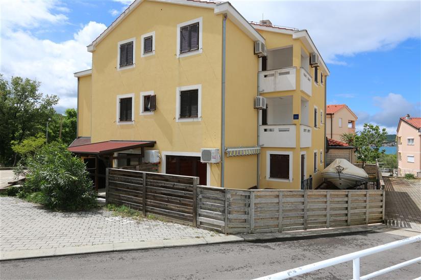 Apartament Bensak