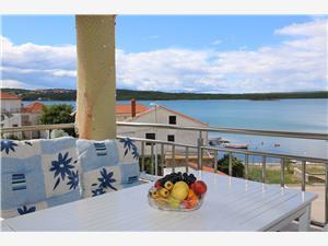 Апартамент Budak Sonja Klimno - ostrov Krk, квадратура 60,00 m2, Воздуха удалённость от моря 100 m, Воздух расстояние до центра города 150 m