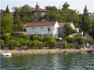 Beachfront accommodation Kvarners islands,Book Dubravka From 58 €