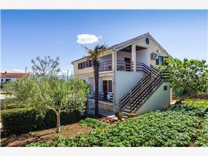 Apartament Šime Nin, Powierzchnia 76,00 m2, Odległość od centrum miasta, przez powietrze jest mierzona 500 m