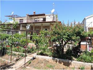 Appartamenti Jahoda Seget Vranjica,Prenoti Appartamenti Jahoda Da 72 €
