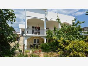 Appartements Tina Novi Vinodolski (Crikvenica),Réservez Appartements Tina De 129 €