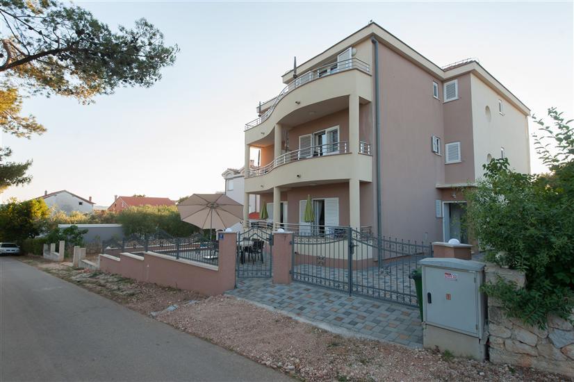 Appartementen Emira