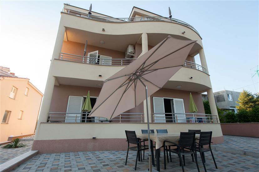 Apartamenty Emira