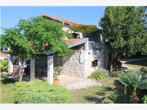 Kuća za odmor Luni Šilo - otok Krk, Kvadratura 56,00 m2, Zračna udaljenost od centra mjesta 300 m