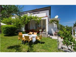 Appartamenti Seršić Baska - isola di Krk,Prenoti Appartamenti Seršić Da 134 €