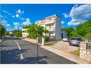 Apartmán Blazic Jadranovo (Crikvenica), Prostor 80,00 m2, Vzdušní vzdálenost od centra místa 450 m