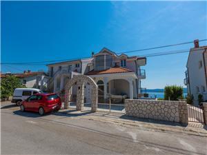 Апартамент Goran Crikvenica, квадратура 40,00 m2, Воздуха удалённость от моря 250 m, Воздух расстояние до центра города 900 m