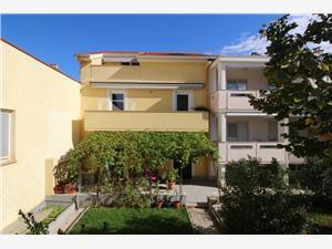 Apartments Ivanka Punat - island Krk,Book Apartments Ivanka From 54 €