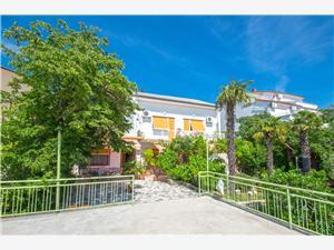 Apartments Andrea Dramalj (Crikvenica), Size 30.00 m2, Airline distance to the sea 200 m