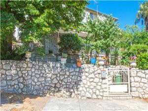 Apartmaji NONA Novi Vinodolski (Crikvenica),Rezerviraj Apartmaji NONA Od 57 €