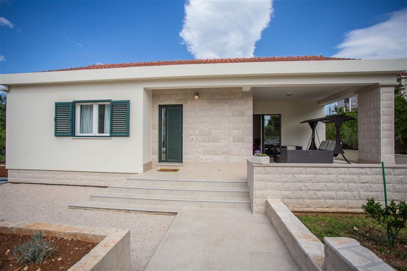 Casa Damir