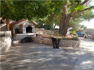 Kamienny domek Wyspy Dalmacji środkowej,Rezerwuj Carić Od 554 zl
