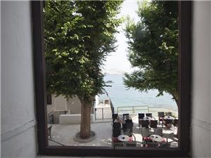 Appartement Baška , Kwadratuur 42,00 m2, Lucht afstand tot de zee 30 m, Lucht afstand naar het centrum 100 m