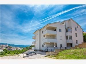 Apartmani FRANNY Novi Vinodolski (Crikvenica), Kvadratura 38,00 m2, Zračna udaljenost od centra mjesta 800 m