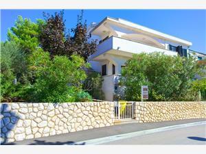 Apartmány Vlatko Krk - ostrov Krk, Rozloha 20,00 m2, Vzdušná vzdialenosť od mora 100 m, Vzdušná vzdialenosť od centra miesta 700 m