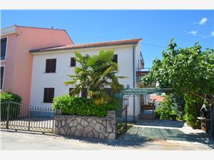 Apartmanok Vera Malinska - Krk sziget, Méret 45,00 m2, Központtól való távolság 450 m