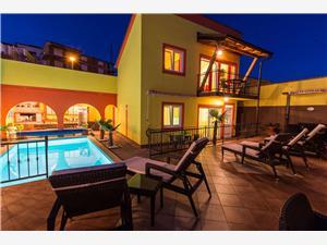 Appartementen Ana Lorena Crikvenica, Kwadratuur 57,00 m2, Accommodatie met zwembad