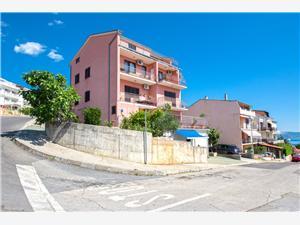 Appartements Luka Crikvenica, Superficie 65,00 m2, Distance (vol d'oiseau) jusqu'au centre ville 900 m