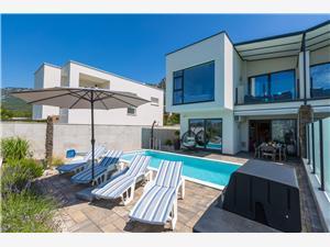 вилла DEANO 2 Grižane, квадратура 140,00 m2, размещение с бассейном