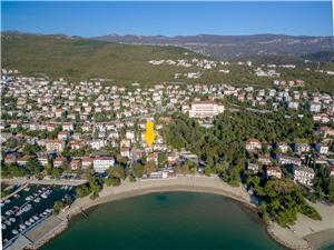Alloggio vicino al mare Riviera di Rijeka (Fiume) e Crikvenica,Prenoti RIKY Da 110 €