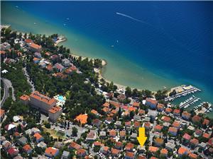 Ferienwohnungen MIROSLAVA Crikvenica, Größe 28,00 m2, Luftlinie bis zum Meer 220 m, Entfernung vom Ortszentrum (Luftlinie) 800 m