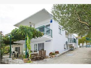 Apartmány Jurica Drace, Prostor 40,00 m2, Vzdušní vzdálenost od moře 70 m, Vzdušní vzdálenost od centra místa 600 m