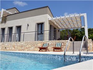 вилла Casa En.Ro Svetvincenat, квадратура 176,00 m2, размещение с бассейном, Воздух расстояние до центра города 10 m