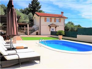 вилла Oliva Icici, квадратура 120,00 m2, размещение с бассейном, Воздух расстояние до центра города 700 m