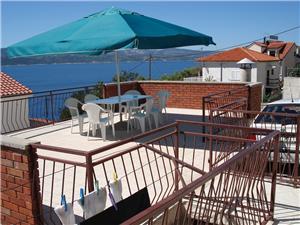 Appartamento Mimica Stanici, Dimensioni 110,00 m2, Distanza aerea dal mare 110 m, Distanza aerea dal centro città 120 m