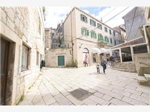 Appartement Nikolina Sibenik, Stenen huize, Kwadratuur 40,00 m2, Lucht afstand naar het centrum 10 m