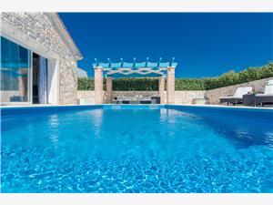 вилла Azzura Sukosan (Zadar), квадратура 100,00 m2, размещение с бассейном, Воздуха удалённость от моря 70 m