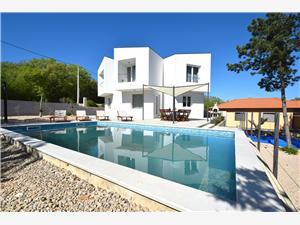 Kuća za odmor Villa Sunrise Dobrinj - otok Krk, Kvadratura 125,00 m2, Smještaj s bazenom