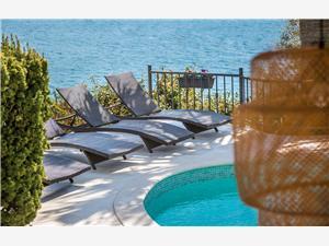 Privat boende med pool Andi Seget Vranjica,Boka Privat boende med pool Andi Från 4962 SEK
