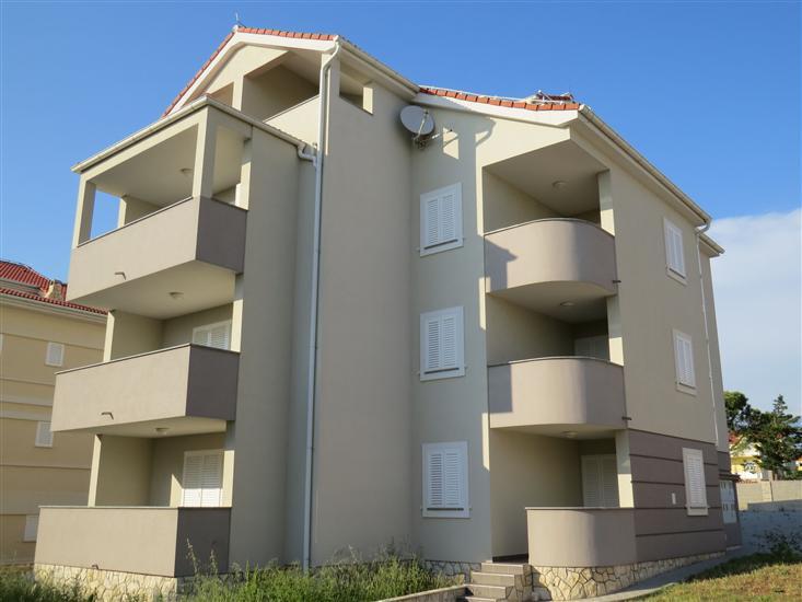 Apartament DENIS