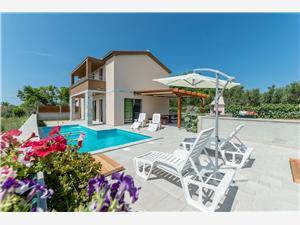 Soukromé ubytování s bazénem Luscinia Privlaka (Zadar),Rezervuj Soukromé ubytování s bazénem Luscinia Od 8022 kč