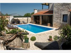 Kuća za odmor Rocco Debeljak, Kvadratura 95,00 m2, Smještaj s bazenom
