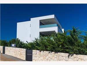 Appartementen Niko Malinska - eiland Krk, Kwadratuur 40,00 m2, Lucht afstand tot de zee 50 m