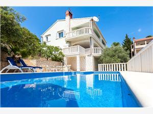 Soukromé ubytování s bazénem Matić Vela Luka - ostrov Korcula,Rezervuj Soukromé ubytování s bazénem Matić Od 1575 kč