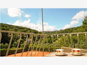Ház Slivije Selca, Autentikus kőház, Robinson házak, Méret 24,00 m2