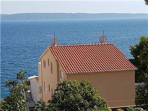 Namestitev ob morju Amneris Okrug Gornji (Ciovo),Rezerviraj Namestitev ob morju Amneris Od 72 €