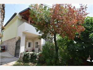 Apartament Neven Kvarner, Powierzchnia 64,00 m2, Odległość od centrum miasta, przez powietrze jest mierzona 450 m