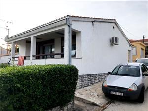Apartament Marina Petrcane ( Zadar ), Powierzchnia 90,00 m2, Odległość do morze mierzona drogą powietrzną wynosi 30 m
