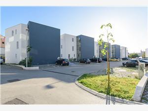 Апартамент Nikolina Podstrana, квадратура 51,00 m2, Воздух расстояние до центра города 300 m