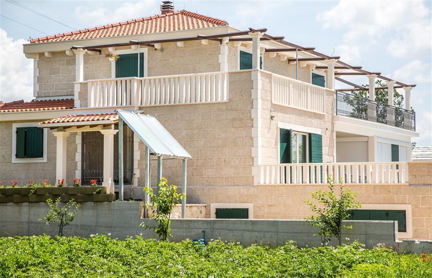 Dom Bosnić