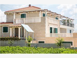 Holiday homes Makarska riviera,Book Bosnić From 267 €