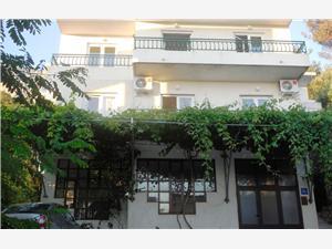 Ferienwohnungen und Zimmer MASLINA Drasnice, Größe 45,00 m2, Luftlinie bis zum Meer 100 m, Entfernung vom Ortszentrum (Luftlinie) 500 m