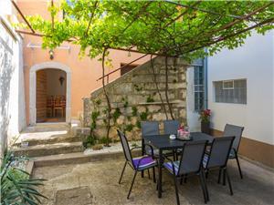 Počitniške hiše Reka in Riviera Crikvenica,Rezerviraj STEFFI Od 55 €