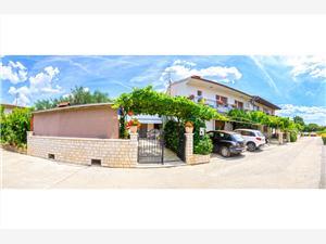 Dovolenkové domy Bruno Banjole,Rezervujte Dovolenkové domy Bruno Od 88 €